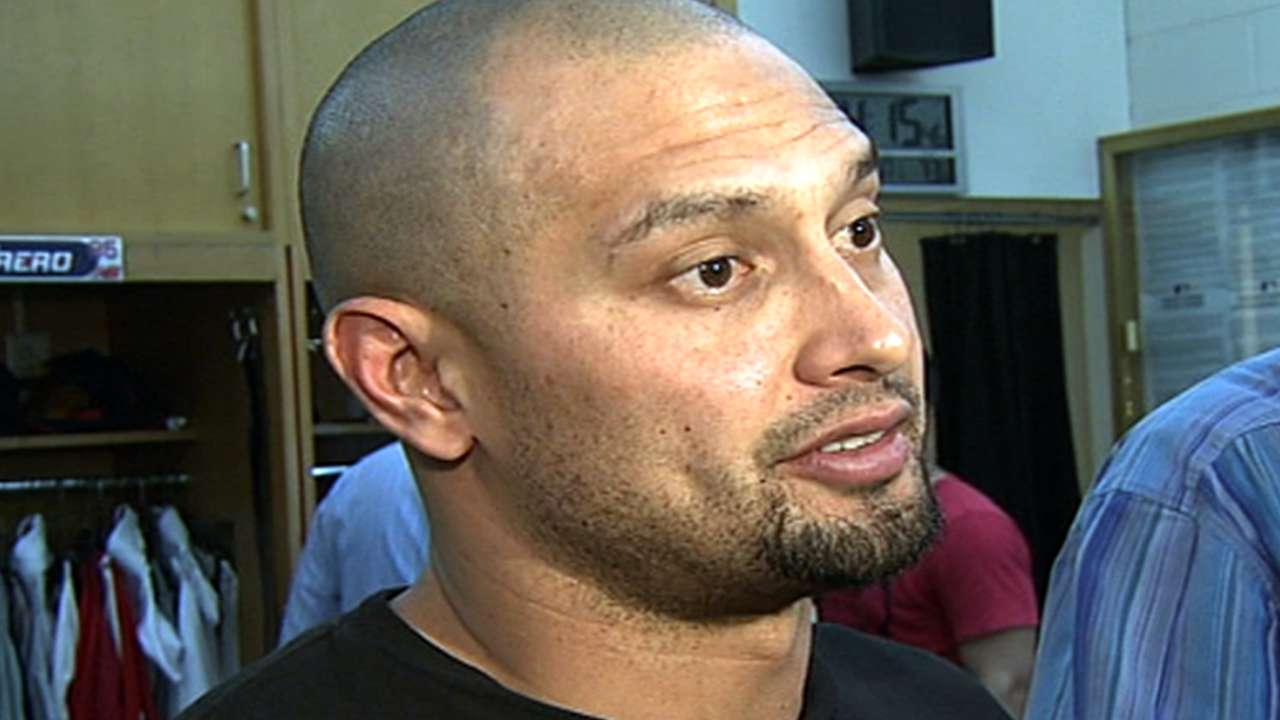 Dealing with sore hamstring, Victorino placed on DL
