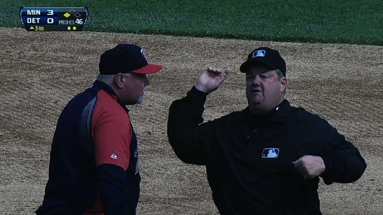 Gardenhire ejected in third vs. Tigers