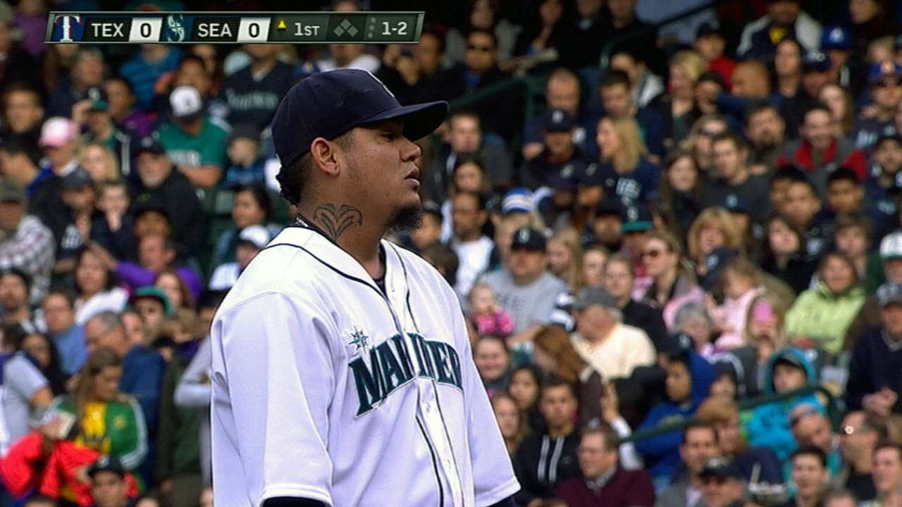 Felix can't get Mariners untracked