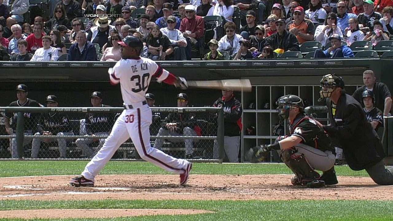 Dunn, De Aza ayudaron a White Sox a barrer serie