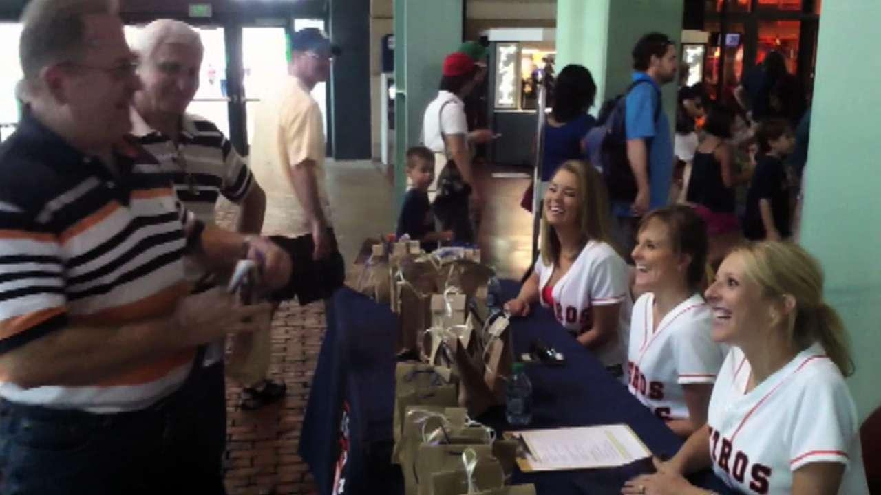 Astros Minor Leaguers help with tornado relief
