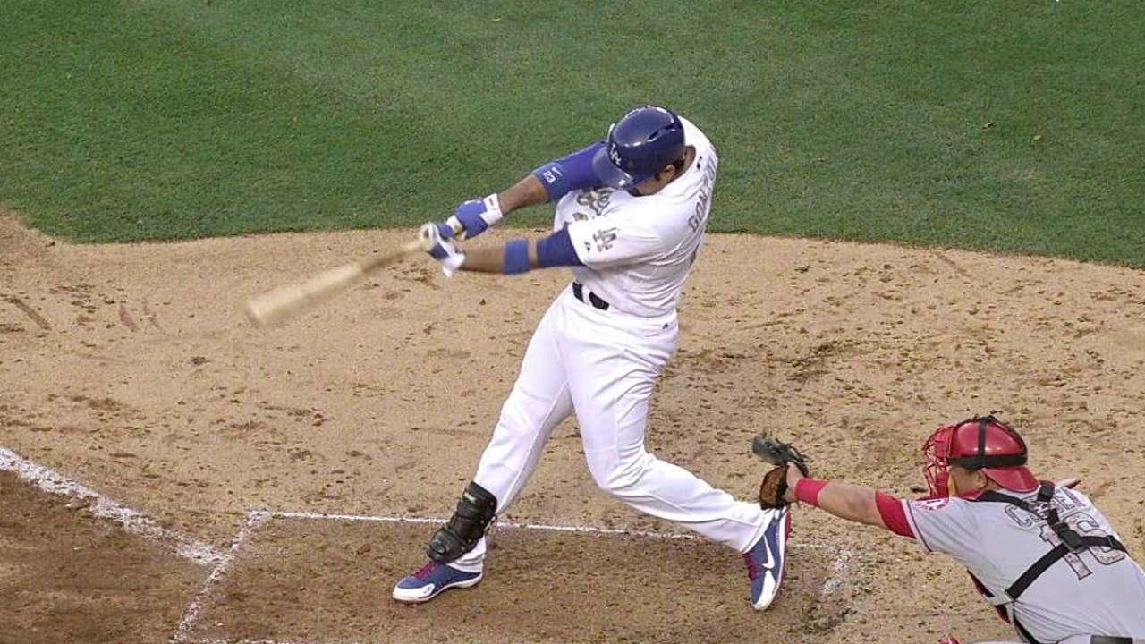 Adrián de 4-4 en victoria de Dodgers sobre Angels