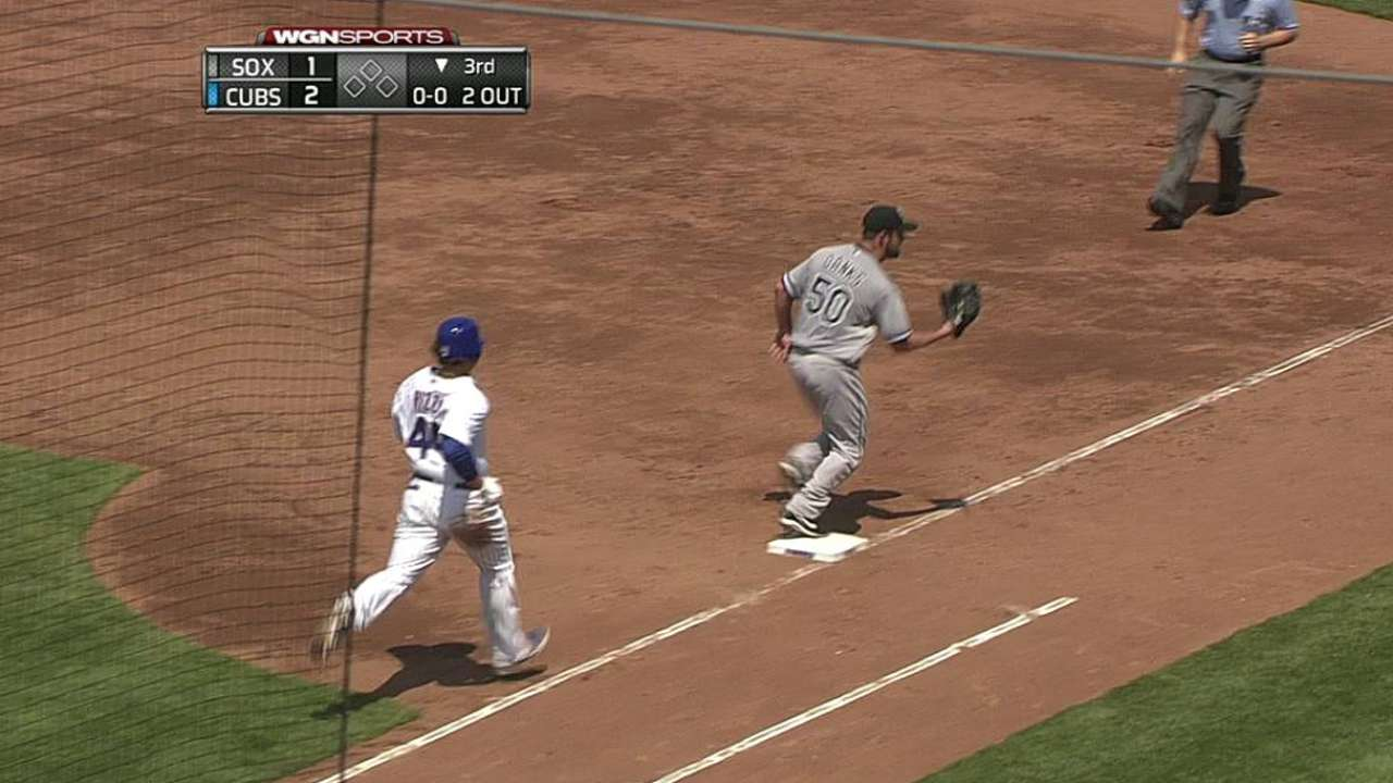 Danks done early as White Sox fall at Wrigley