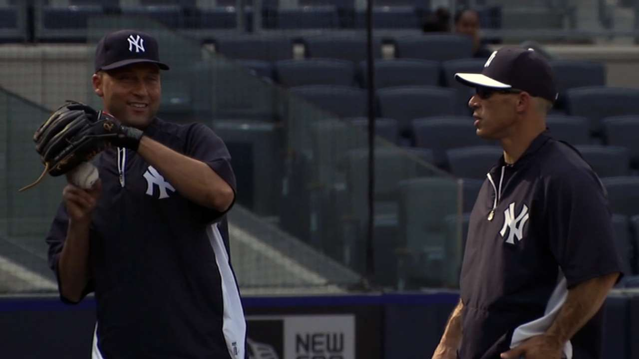 Jeter discusses rehab after playing catch