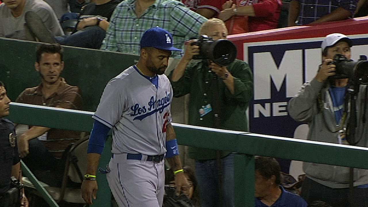 Hamstring strain sends Kemp to 15-day DL