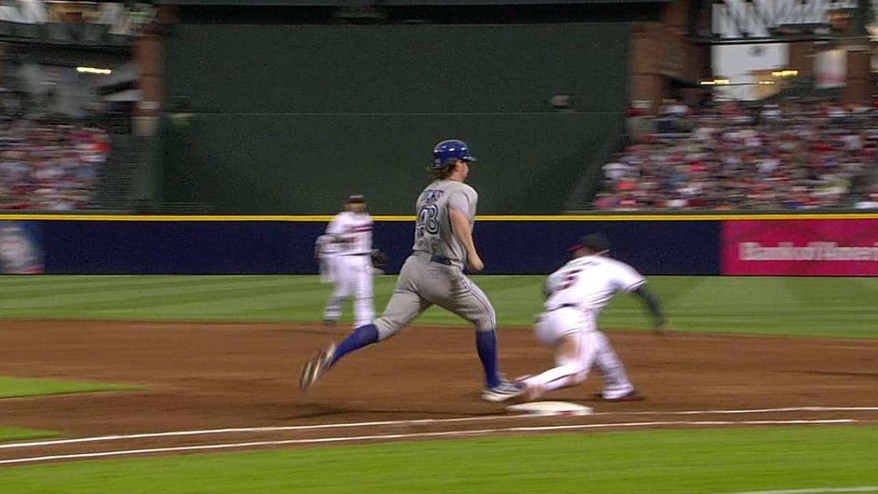 Dickey's struggles at Turner Field continue in loss