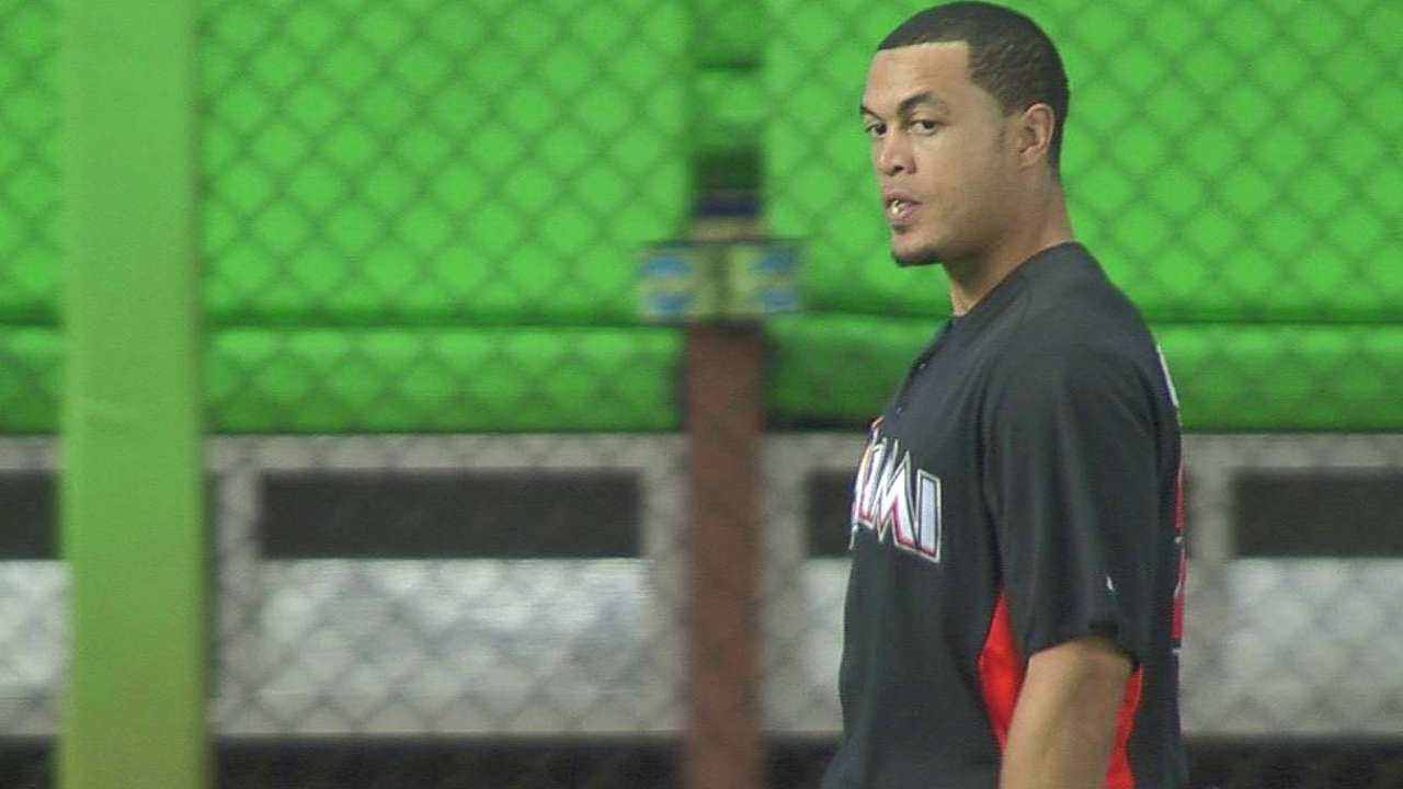 Stanton begins running bases in Florida