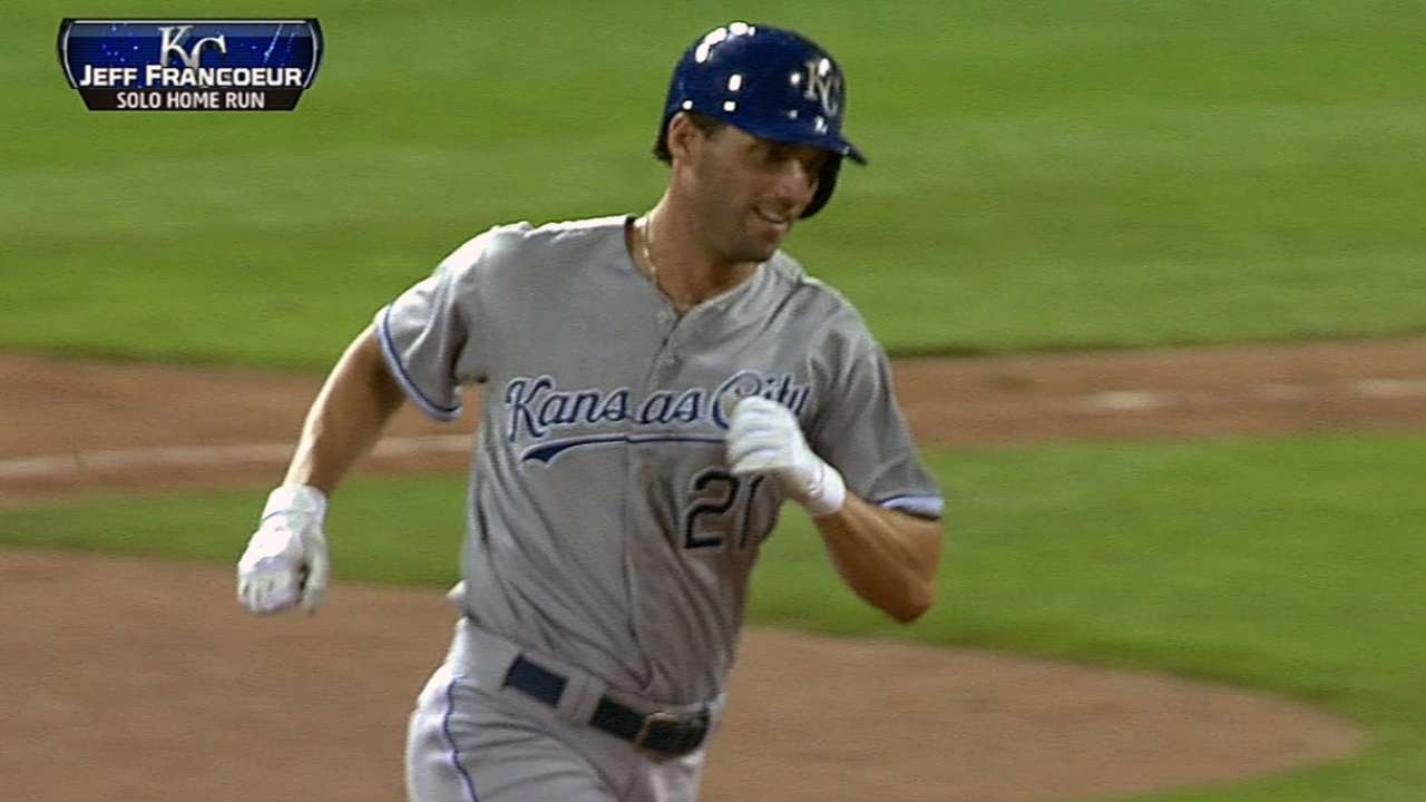 New rule plays role in Royals-Cardinals rain delay