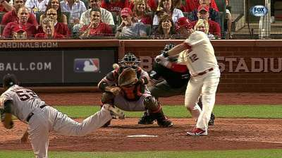Wigginton's short Cardinals career ends with release