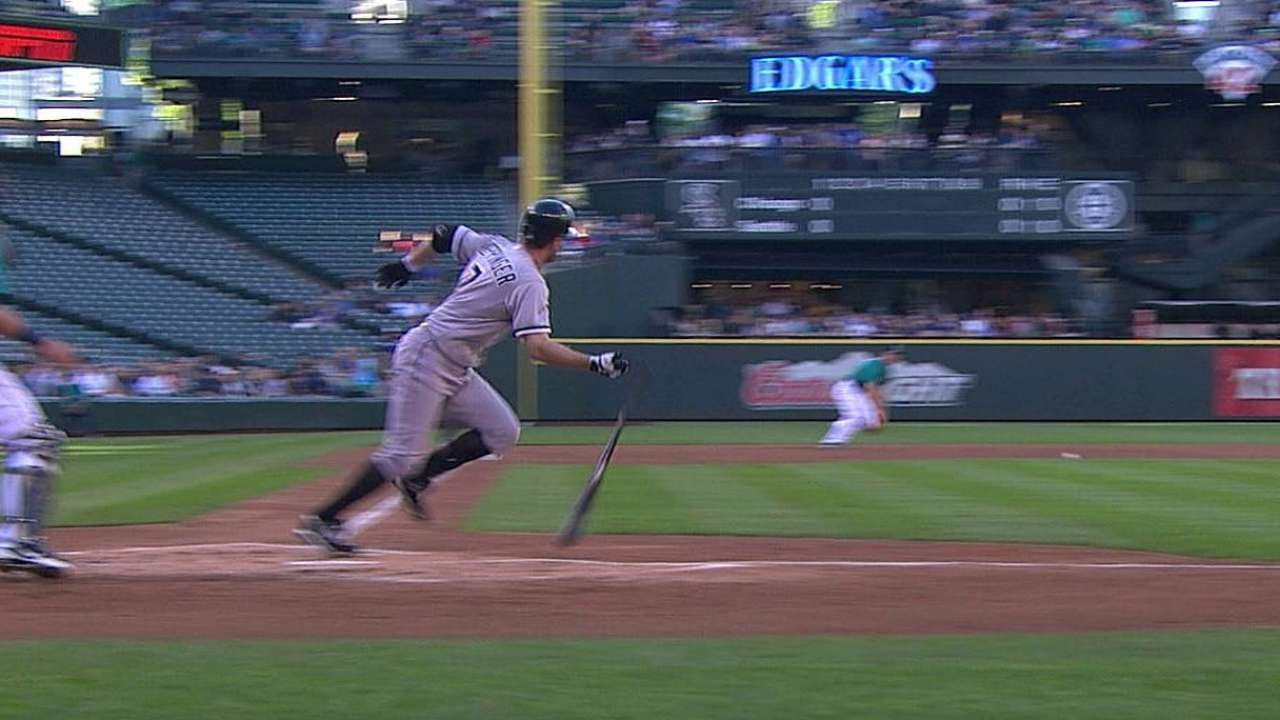 Bats remain dormant as Sox drop opener in Seattle