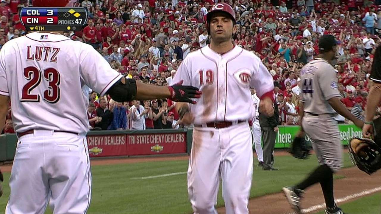 LeCure gives up rare homer as Reds fall