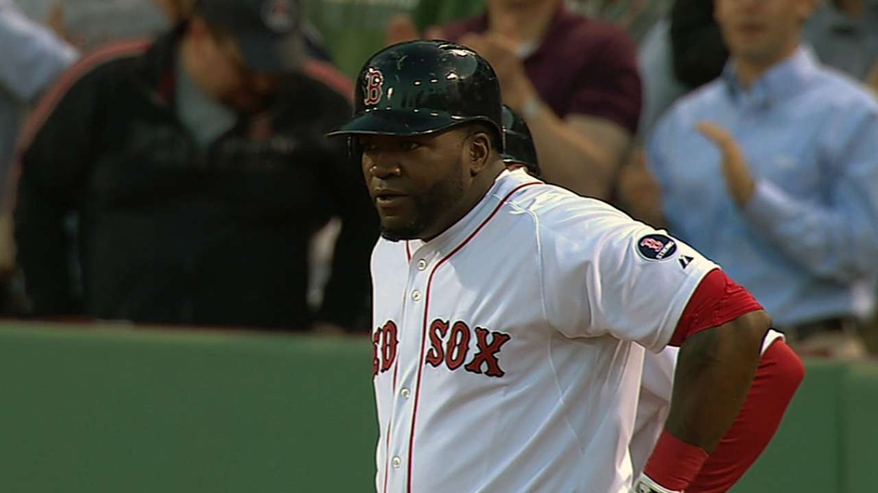Red Sox offense plates 17 in rout of Rangers