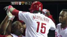 Mayberry's shot, walk-off slam lift Phils in extras