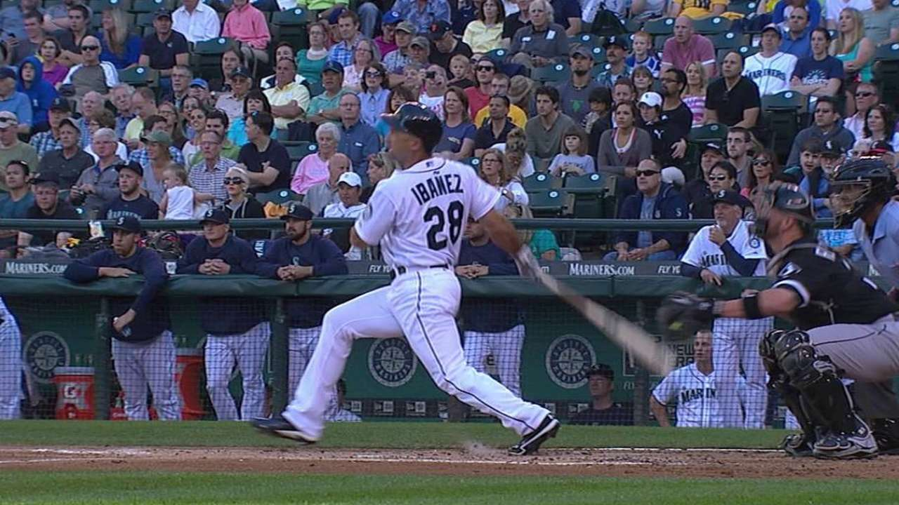 Ibanez, Felix carry Mariners past White Sox