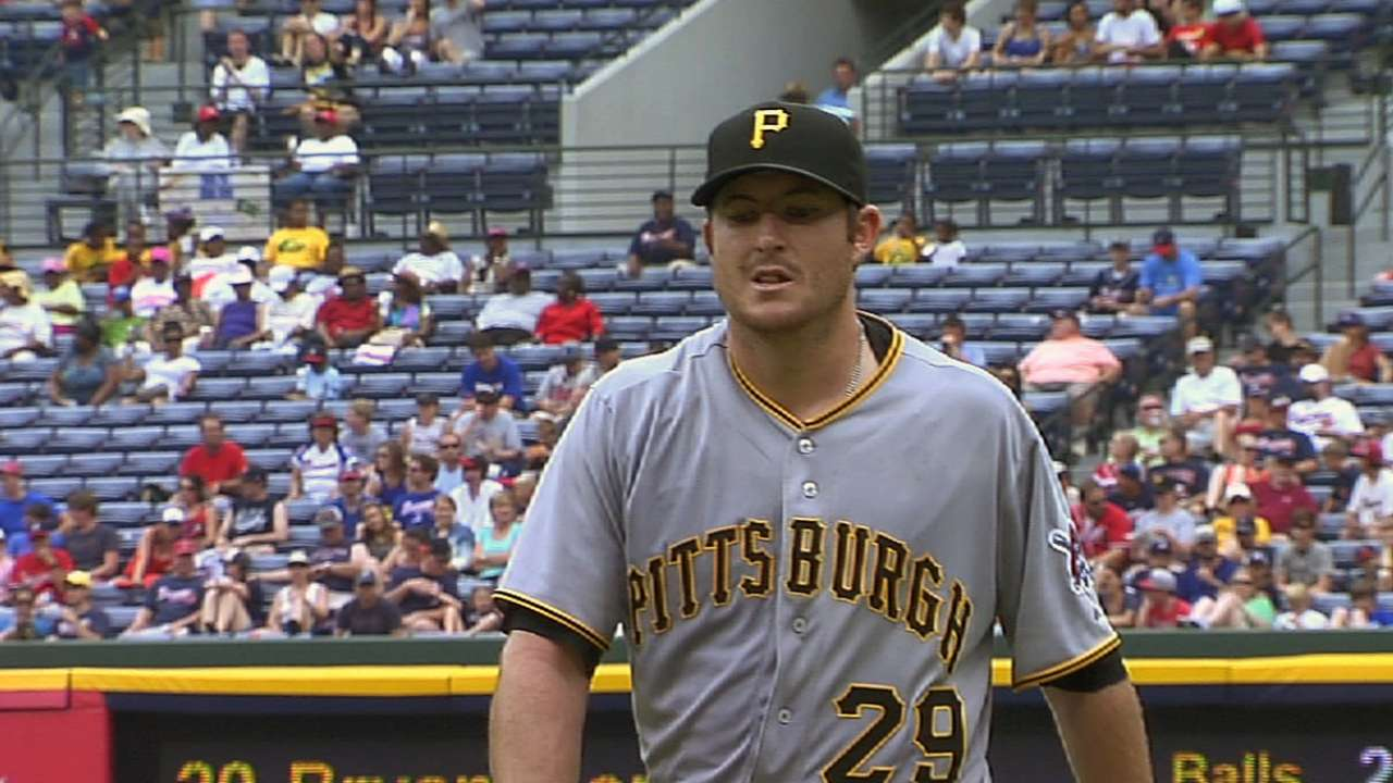 Pirates deal reliever Morris to Marlins for Draft pick