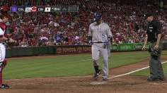 Rox blast six homers in blowout of Reds