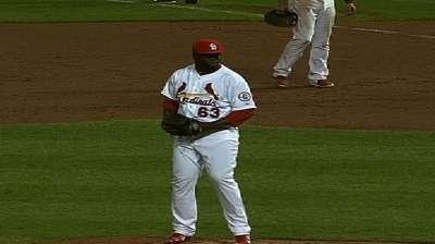 Royals claim former Cardinals' pitcher Cleto
