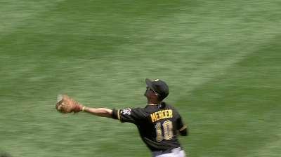 Mercer staying loose, having fun with Bucs