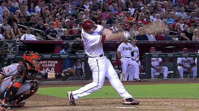 Goldschmidt strikes late to again lift D-backs