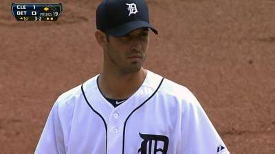 Tigers come through with support for Porcello