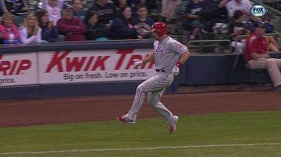 MRI shows Kratz tore left meniscus