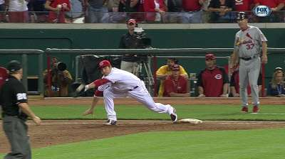 Missed call sways Matheny to expanded-replay camp