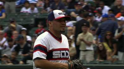 Santiago tops A's in return to White Sox rotation