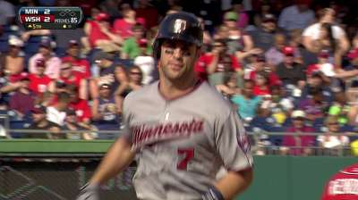 Mauer holds nice lead on Wieters among AL catchers