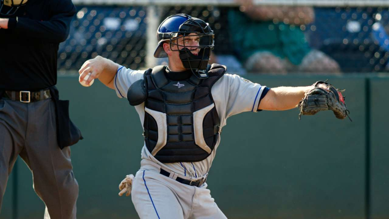 Murphy's take-charge attitude an asset behind plate