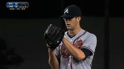 Rookie Wood adjusting to pitching with glasses