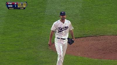 Rehabbing Pelfrey gearing for Saturday return to Twins