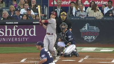 D-backs lose ground to Padres