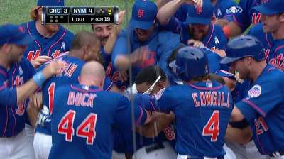 MLB Notebook: Mets get Nieu life with walk-off