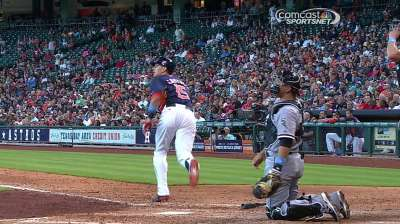 Late blast helps lead Astros past White Sox in Houston