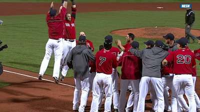 Gomes caps long day with dramatic walk-off homer