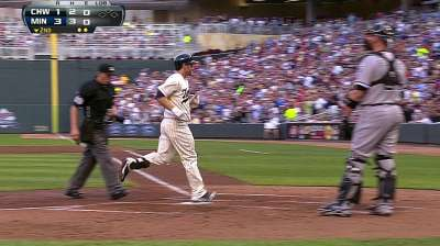 Dozier hits leadoff against White Sox lefty