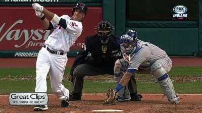 Brantley's bat swings things in Indians' favor