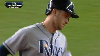 Longoria's big night backs Moore in Rays' win