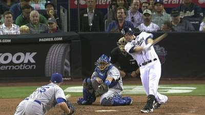 Headley adjusts to seeing more offspeed pitches