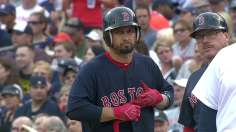 Victorino's four-hit night powers Sox past Tigers