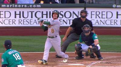Healthy Lowrie finding his niche with the A's