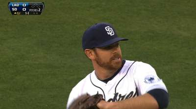 Bullpen answers early call as Padres top Kershaw