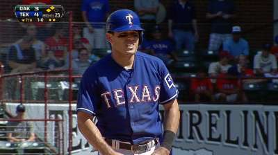 Kinsler equals Rangers' stolen base record