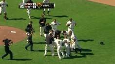 Giants win in 11th after Zito's clutch start