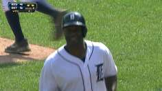 Tigers benefit from call, rally late to sink Red Sox