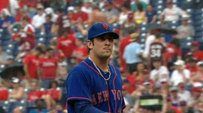 Harvey throws scoreless ball as Mets rock Phils
