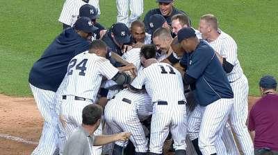 Ichiro rips walk-off shot to get Yanks past Rangers