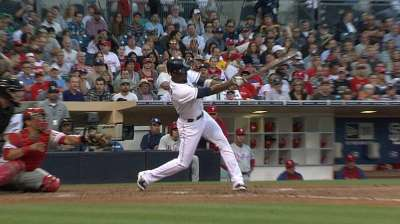 Marquis roughed up, Padres fall to Phillies