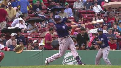 Two rough innings sink Oswalt against Red Sox