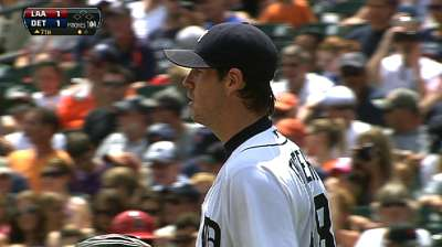 Fister strong, but Tigers fall to Angels in 10